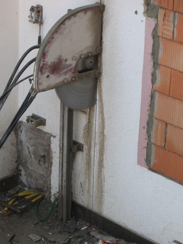 Taglio Solaio Per Scala taglio di cemento armato | betonmax s.r.l.